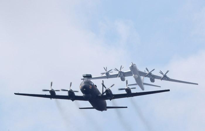 Ил-38 с невыпущенным шасси благополучно приземлился в Подмосковье