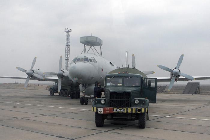 Совершивший аварийную посадку в Жуковском самолет ВМС Индии отремонтируют