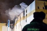 Треть россиян не поверила в официальное число жертв пожара в Кемерове