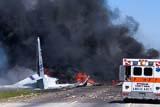 Пять человек погибли при крушении военного самолета в Джорджии