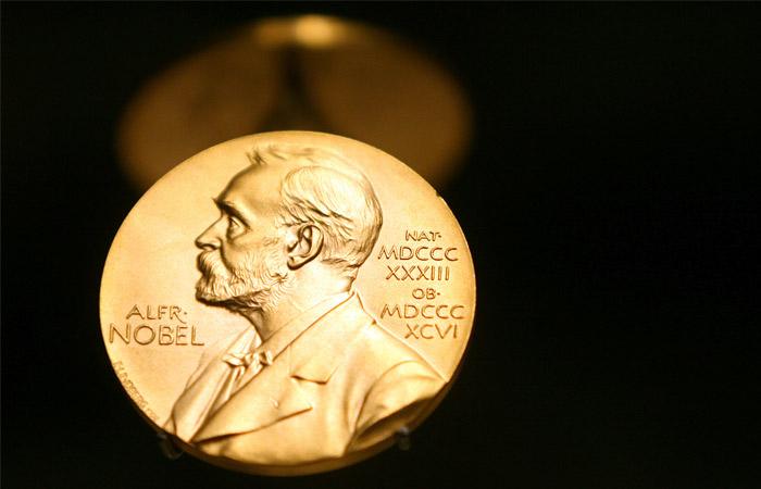 Нобелевский комитет отменил вручение премии по литературе в 2018 году