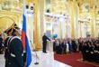 Владимир Путин приносит присягу на церемонии инаугурации