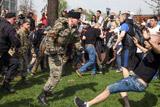 Казаки объяснили свое присутствие на акции оппозиции на Пушкинской площади в Столице