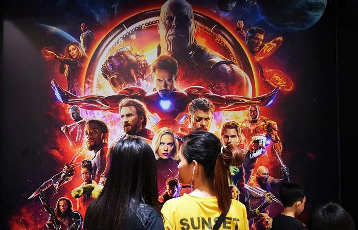 """Мировые сборы новых """"Мстителей"""" достигли $1 млрд в рекордно короткие сроки"""