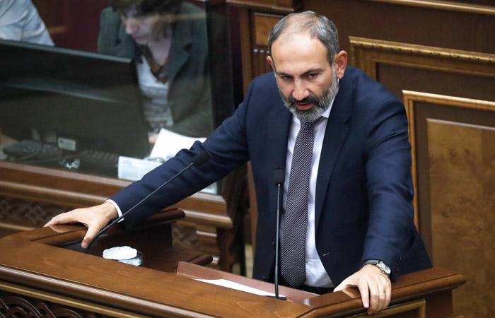 Пашинян объявил, что революция откроет новые возможности перед Карабахом