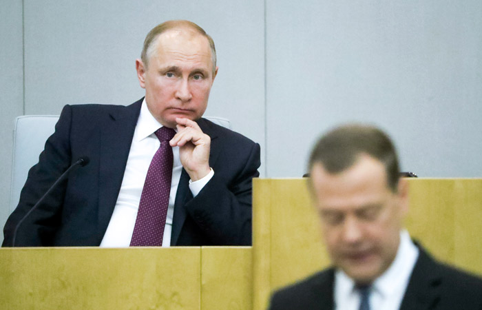 """На выполнение нового """"майского указа"""" Путина направят 8 трлн руб."""