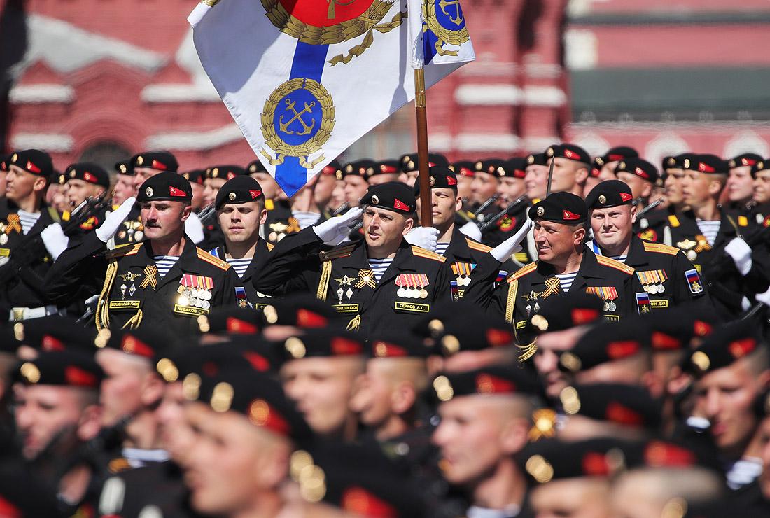 Морские пехотинцы 61-й отдельной Киркенесской Краснознамённой бригады ВМФ РФ