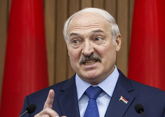 """Лукашенко выступил против """"приватизации победы в Великой Отечественной войне"""""""