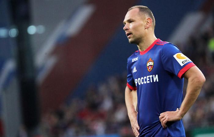 Вызванный наЧМ-2018 вратарь сборной Российской Федерации  пофутболу получил травму