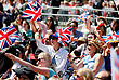 Посмотреть на королевскую свадьбу в Виндзоре собрались тысячи человек