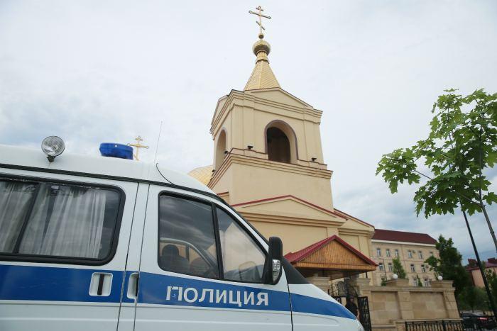 Трое из четырех напавших на церковь в Грозном боевиков были из Чечни