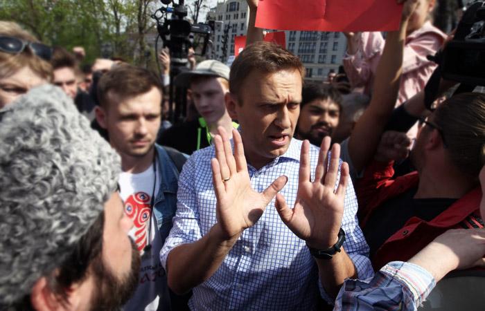 Полиция задержала пресс-секретаря Навального