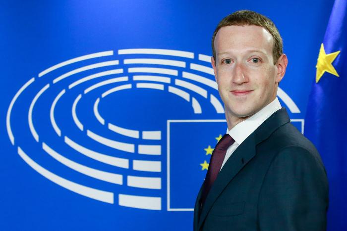 Цукерберг пообещал инвестировать в безопасность персональных данных пользователей Facebook