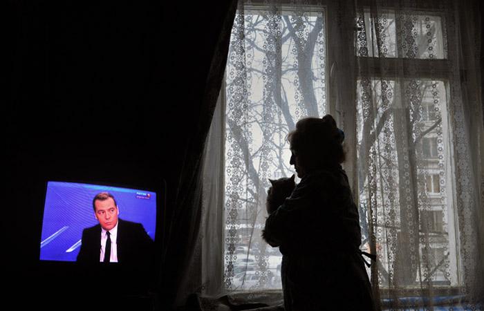 Самым приятным для россиян занятием оказался просмотр телевизора