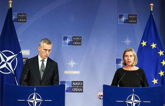 НАТО и ЕС призвали Россию признать свою роль в крушении самолета MH17