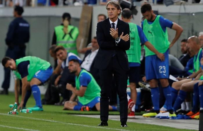 Президент ФИФА встретился сМанчини перед дебютом тренера всборной Италии