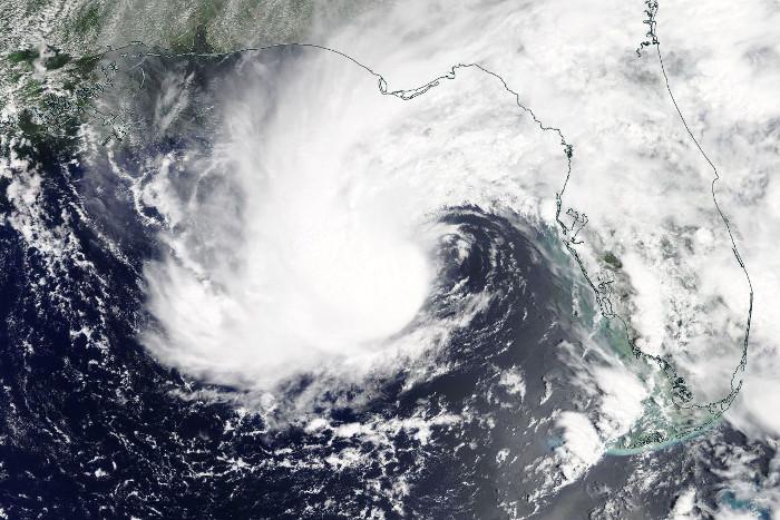 """Ураган """"Альберто"""" привел к двум жертвам в США"""
