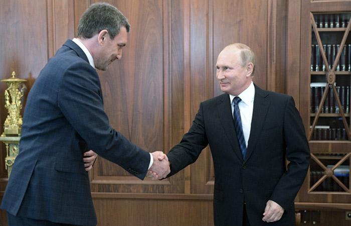 Путин сменил губернатора Амурской области