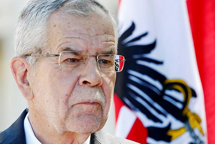 Президент Австрии заявил о дороговизне американского СПГ по сравнению с российским газом