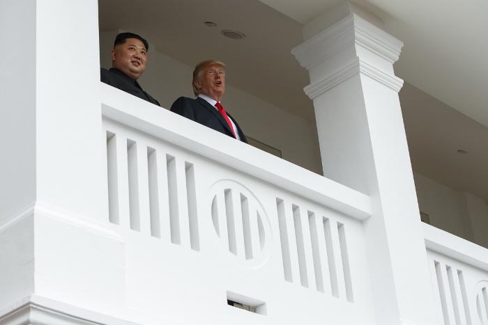 Ким Чен Ын связал денуклеаризацию с прекращением враждебных действий США