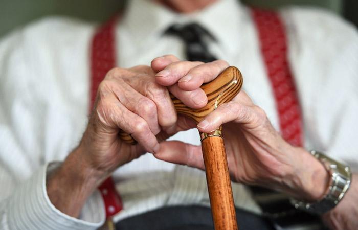 Правительство предложило начать повышать пенсионный возраст с 2019 года