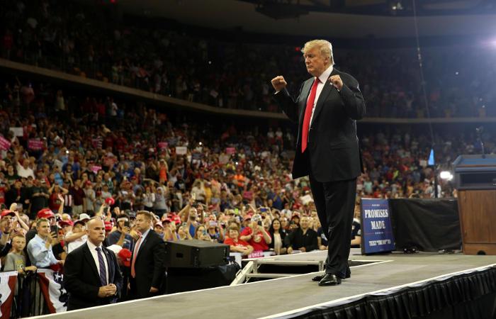 """Трамп объявил о стремлении """"поладить"""" с Россией"""