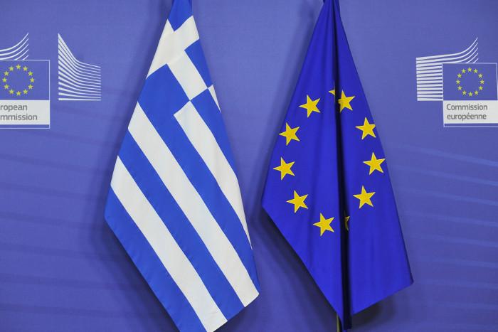 ЕС завершил программу оказания финансовой помощи Греции