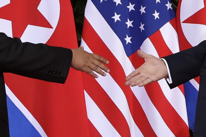 """США предоставят КНДР график выполнения """"специальных задач"""" по денуклеаризации"""