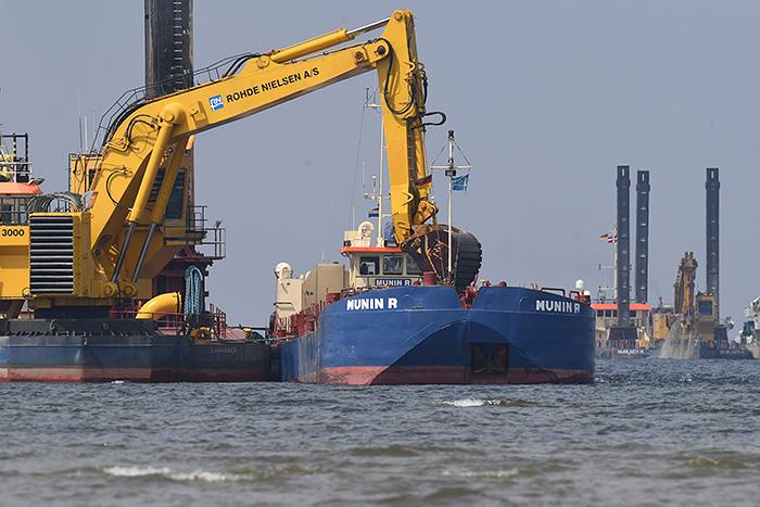 """""""Северный поток 2"""" начнут строить летом даже без разрешения Дании"""