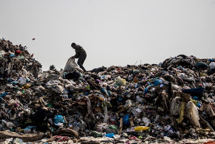 Глава комитета Госдумы заявил об угрозе мусорного коллапса в десяти регионах