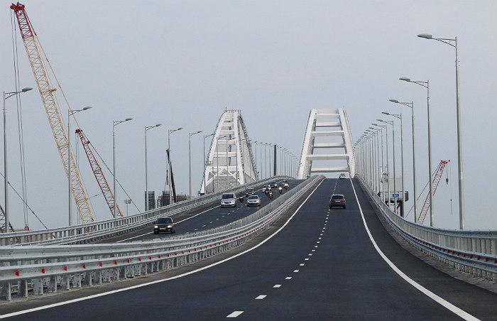 Google признала некорректным обозначение Крымского моста на украинском