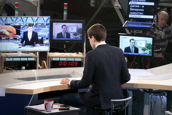 """Долю Абрамовича в """"Первом канале"""" собралась выкупить """"Национальная медиа группа"""""""