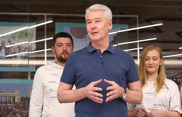 Муниципальный фильтр на выборы мэра Москвы прошли пятеро кандидатов