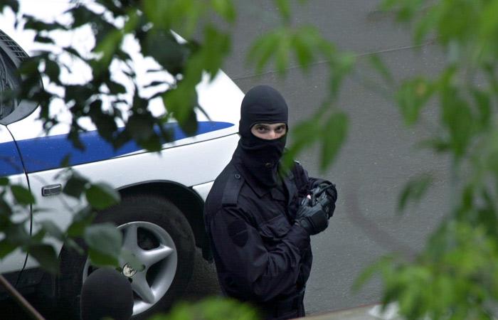 Вначале сократили. Вдоме прежнего первого вице-премьера Дагестана провели обыски