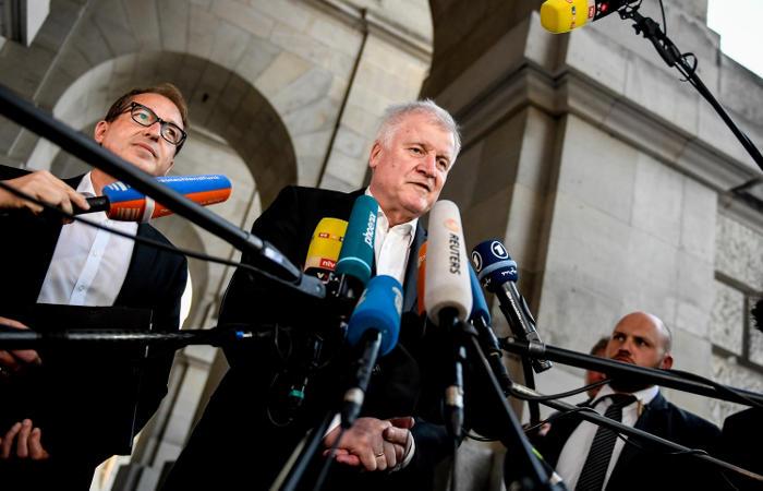 Правящая коалиция ФРГ смогла прийти к соглашению по миграционной политике