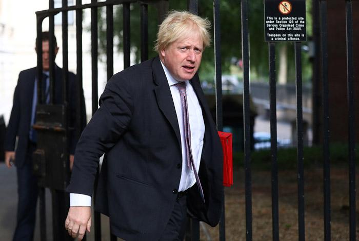 Борис Джонсон ушел в отставку с поста главы МИД Великобритании
