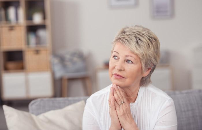 Возраст выхода женщин на пенсию в законопроекте могут снизить до 60 лет