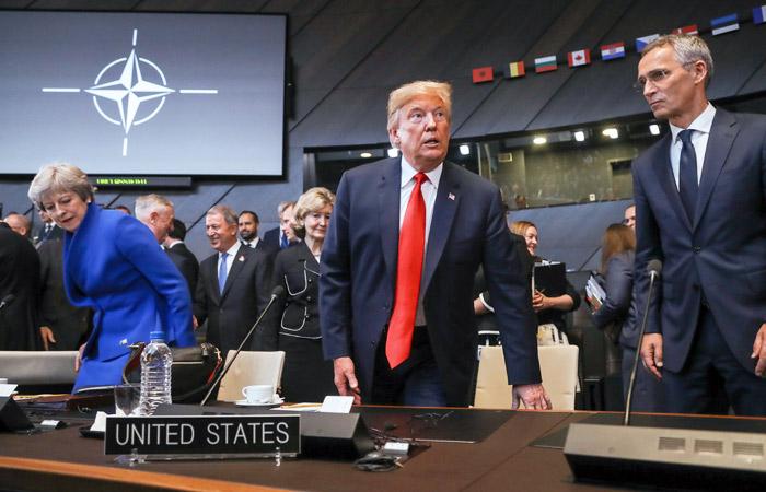 Трамп пригрозил вывести США из НАТО, если союзники не увеличат военные расходы