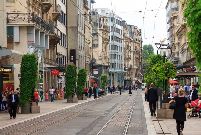 Петербург обогнал столицуРФ врейтинге самых дорогих городов мира