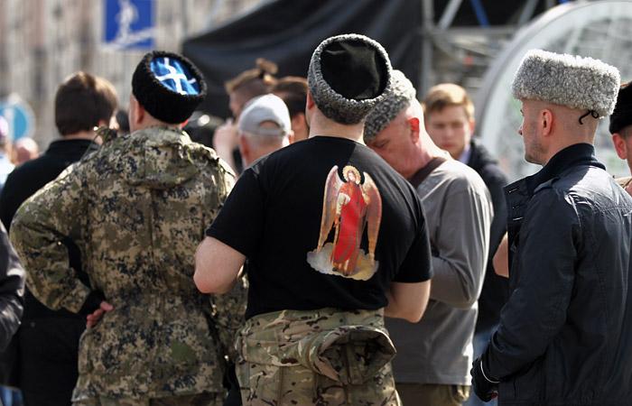 Прокуратура объяснила, за что дали 33 млн рублей разгонявшим майский митинг казакам