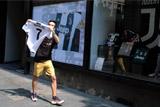 """Ювентус"" за день продал футболок Роналду на 55 млн евро"