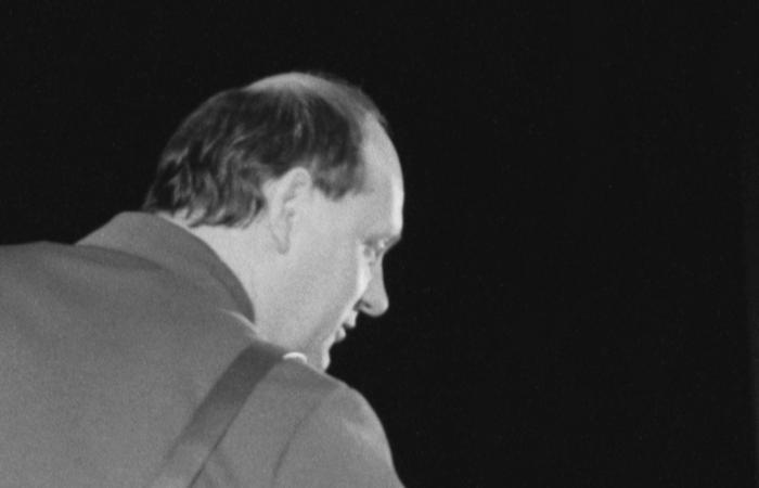Умер актер Владислав Жуковский