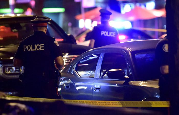 Погиб один из раненых при стрельбе в Торонто