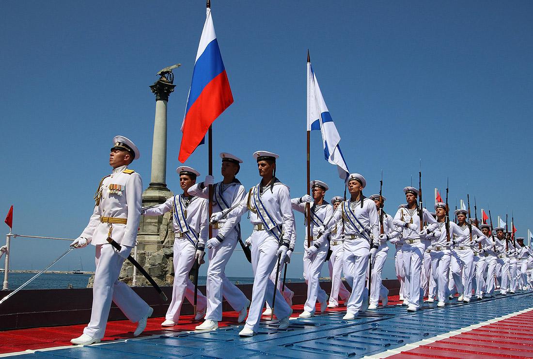 Парад в честь Дня ВМФ РФ в Севастополе