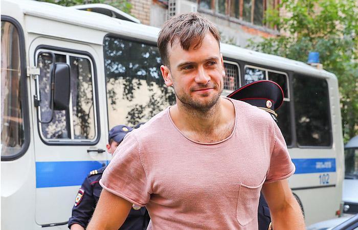 Петра Верзилова задержали сразу после отбытия 15 суток ареста