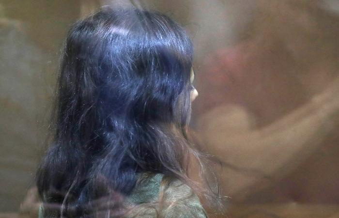 Суд в Москве отправил в СИЗО сестер Хачатурян