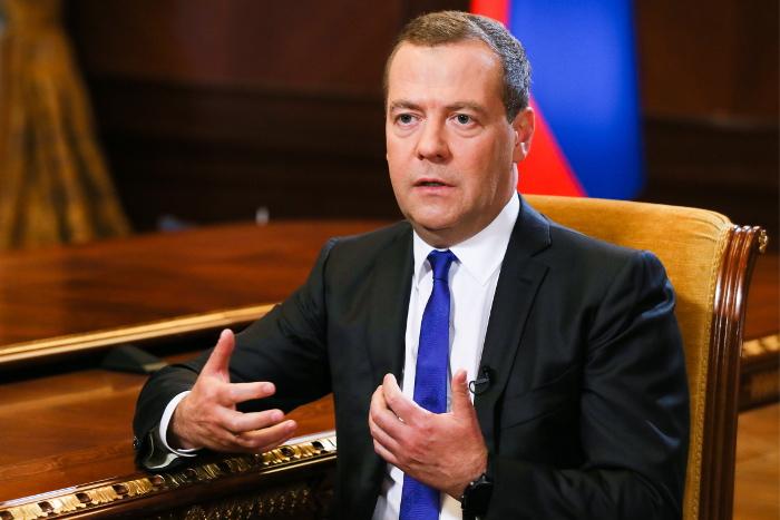 Медведев пригрозил потенциальным конфликтом в случае принятия Грузии в НАТО