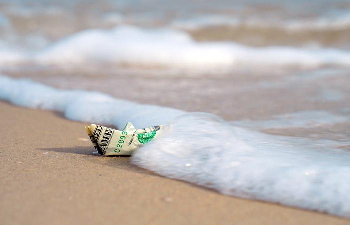 Чистый отток капитала из РФ в январе-июле вырос до $21,5 млрд
