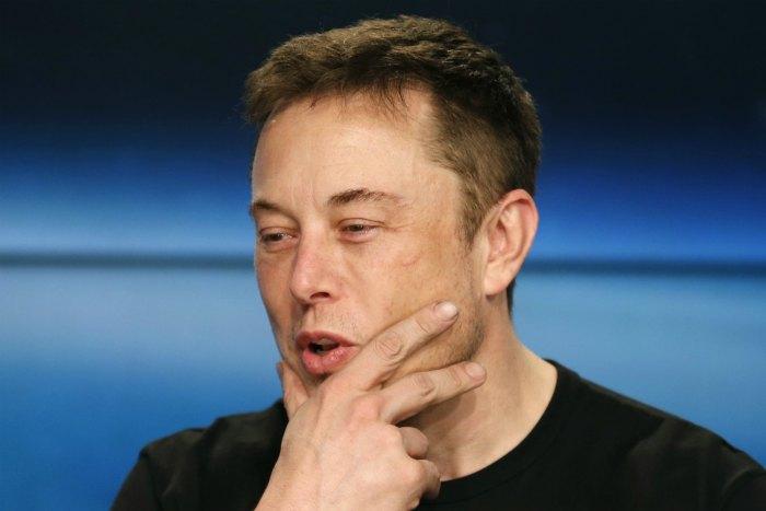 Акционер Tesla подал в суд на Маска из-за твитов о выкупе компании