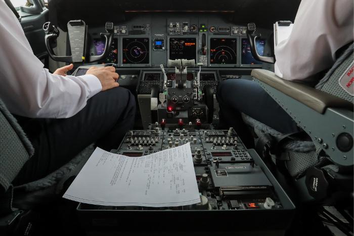 ВСША разбился угнанный пассажирский самолет